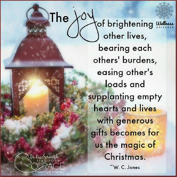 Top 25 Facebook Holiday Posters to Share #WUVIP #Top25 #HolidayPosters #TheWellnessUniverse