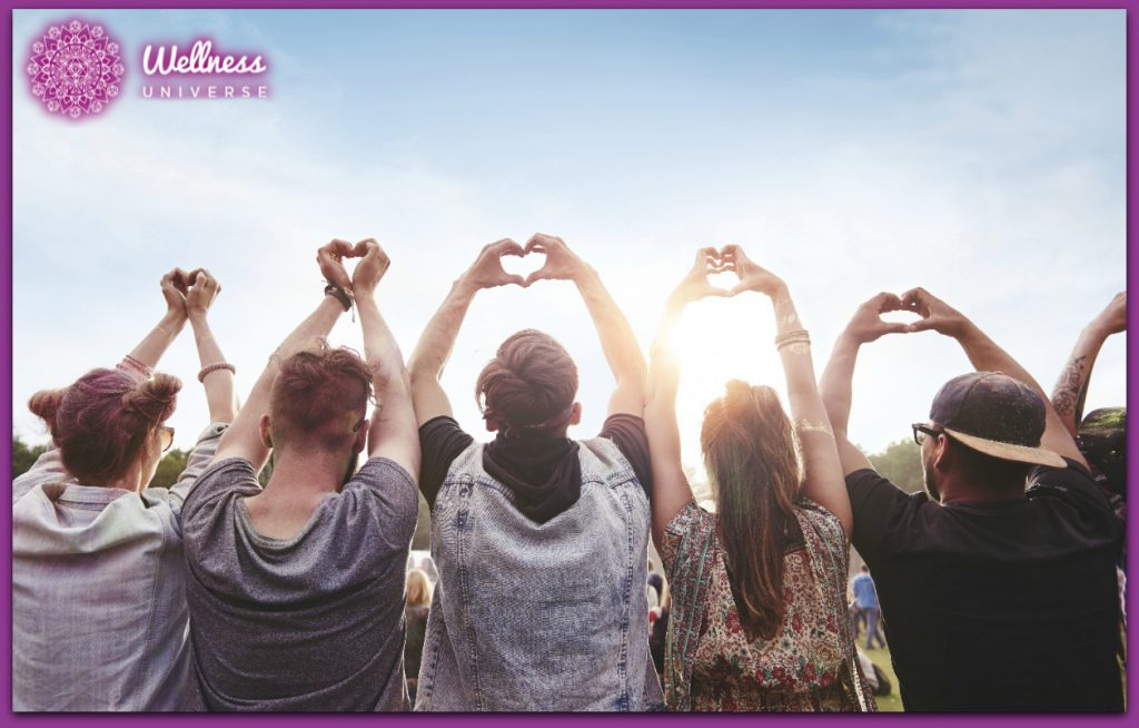 10 Tips to Encourage Sharing Kindness by Nancy Stevens #TheWellnessUniverse #WUVIP #SharingKindness