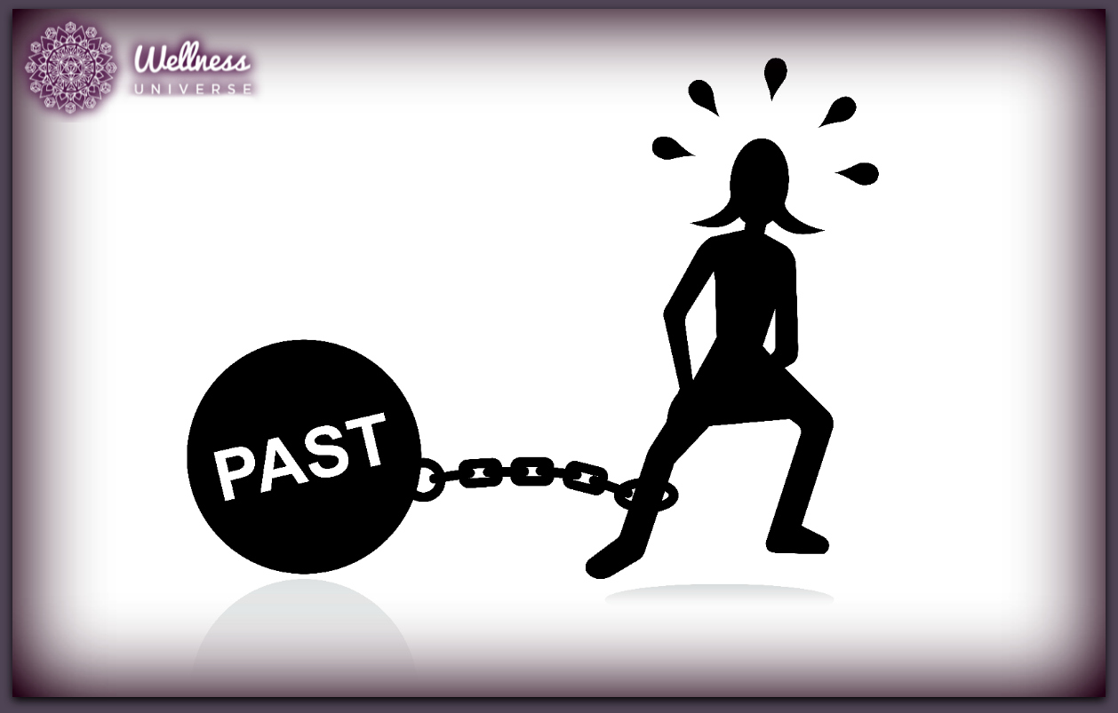 7 Ways to Break Free from Living in the Past by Moira Hutchison #TheWellnessUniverse #WUVIP #Past