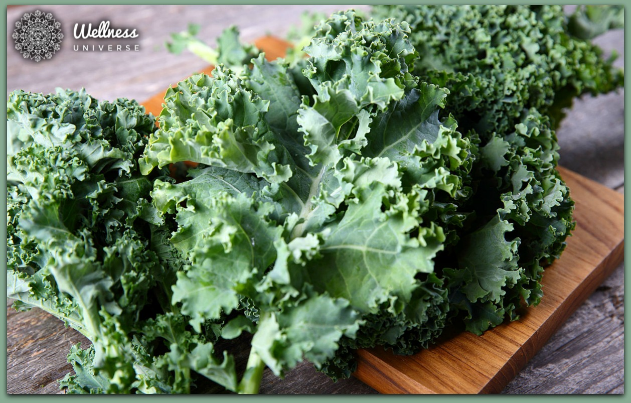 A Recipe for Love: Think Green Kale by Doctor Lynn Anderson #TheWellnessUniverse #WUVIP #Kale